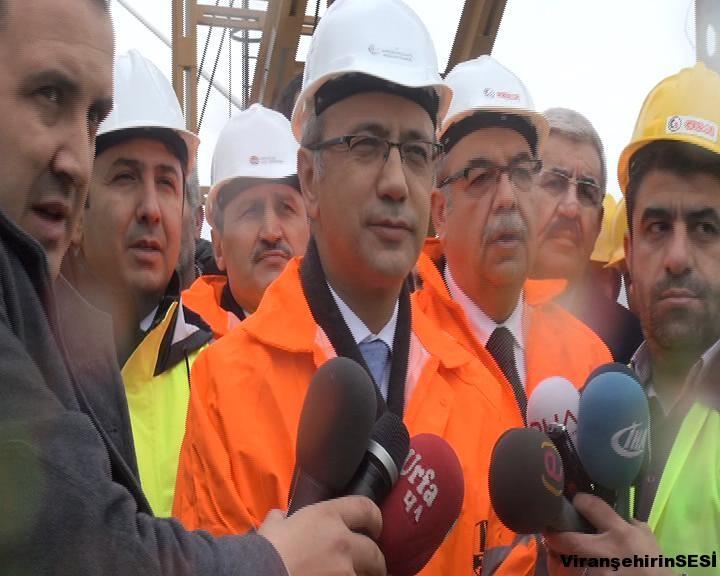 Bakan Elvan'dan Urfa'ya 3 Köprülü Kavşak Müjdesi