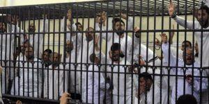 Mısır'da 22 kişiye idam