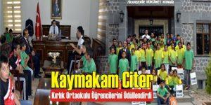 Kaymakam Citer Kırlık Ortaokulu Öğrencilerini Ödüllendirdi