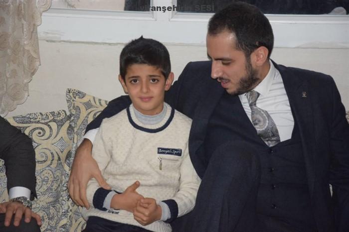 Sosyal Medyada Kahraman olan Viranşehirli Ali, ödüllendirildi